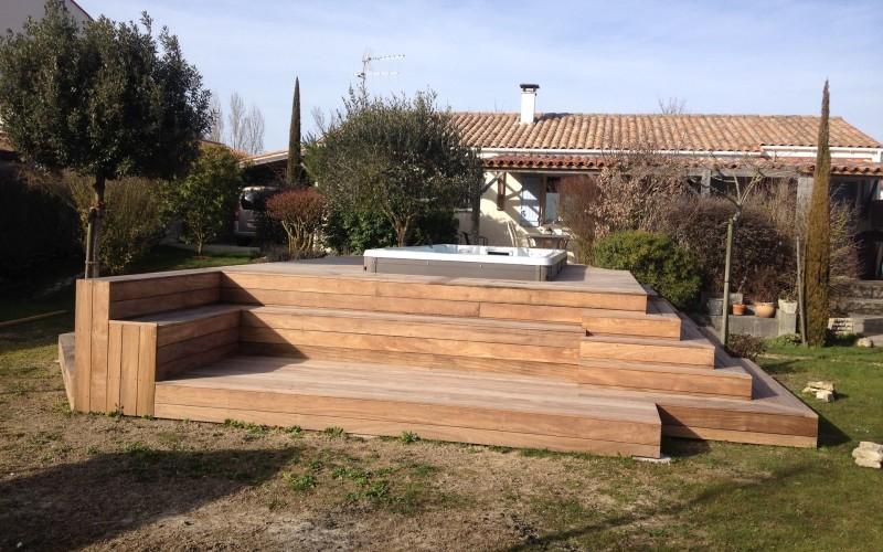 concept bois pvc plage de piscine bois exotique. Black Bedroom Furniture Sets. Home Design Ideas