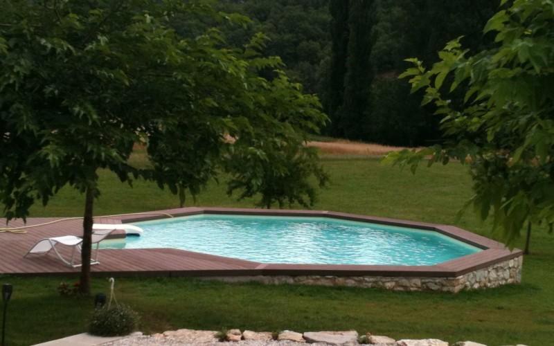 concept bois pvc plage de piscine bois r sineux. Black Bedroom Furniture Sets. Home Design Ideas